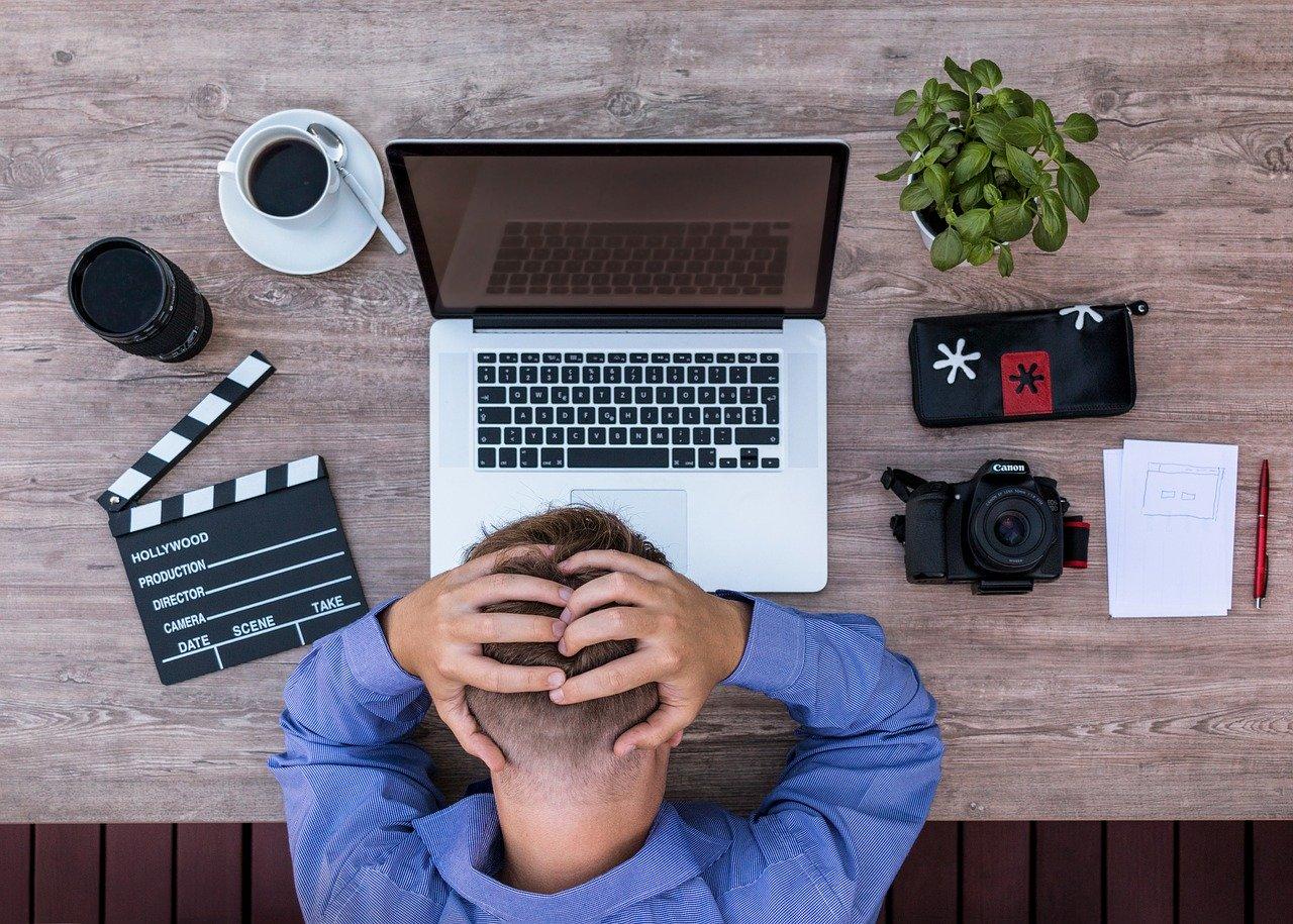 MacBookのディスプレイが映らない時の対処法