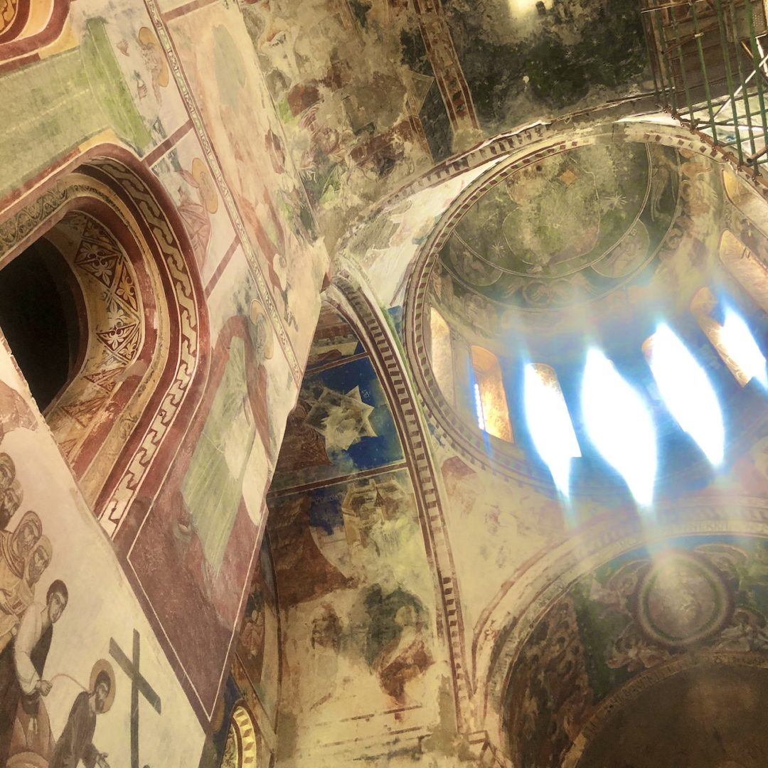 ゲルゲティ修道院の内部 ジョージア一周